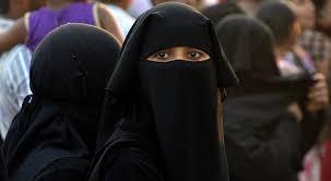 Le donne di IS: l'illusione dell'emancipazione femminile